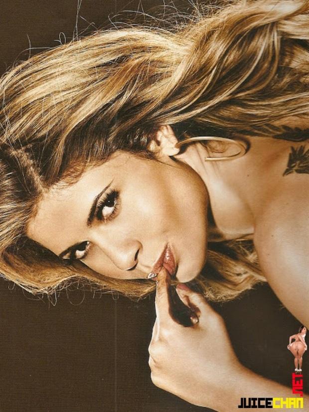 Playboy Novembro De 2011 Cacau BBB 11