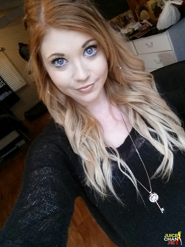 Linda Loira Dos Olhos Azuis Caiu Na Net Mostrando Os Peitões