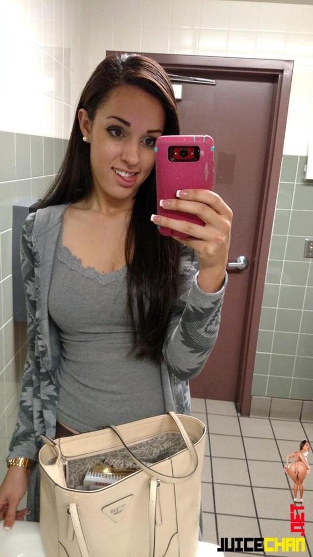 Karina Perdeu o Celular e Vazou Na Net