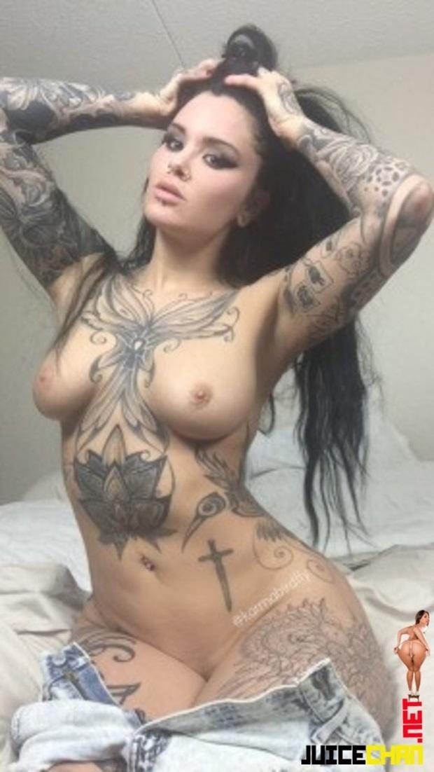 Morena Tatuada Mega Gostosa