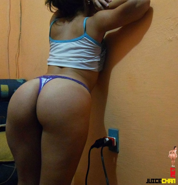 Amiga do facebook rebolando facebook friend on the bed - 3 part 5