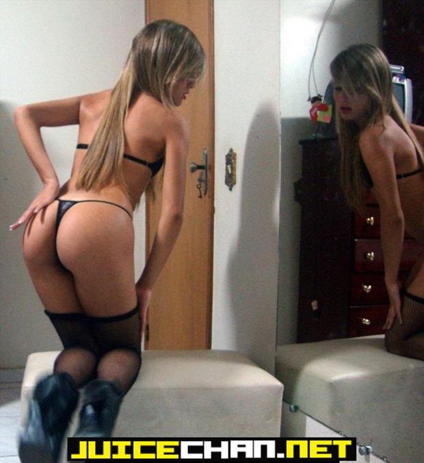 Raquel & Julia Fazendo Putaria Caiu Na Net
