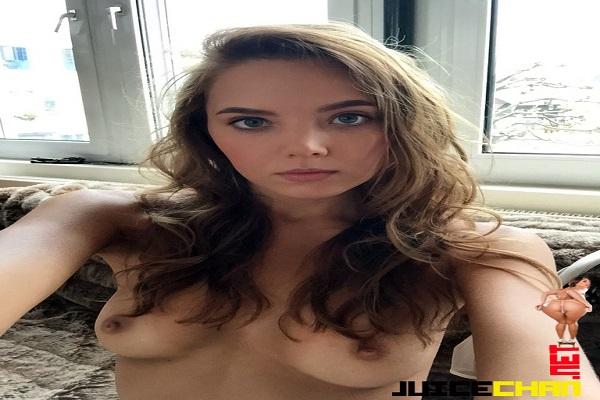 Katya Clover Ninfetinha Russa
