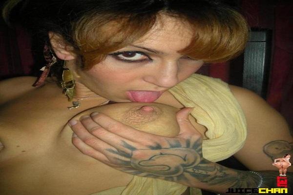Loira Amadora Tatuada Pervertida