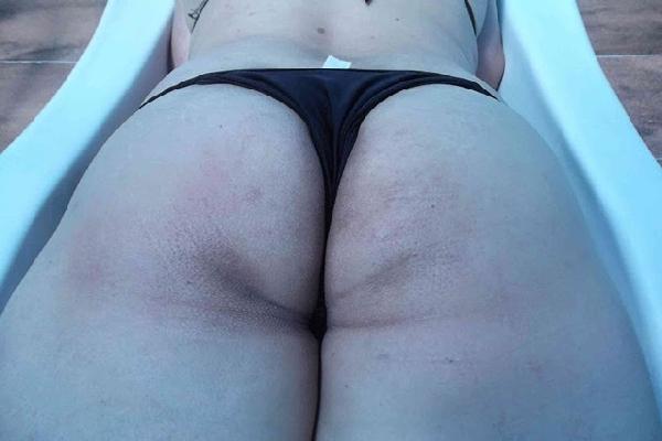 Fotos Amadoras Da Esposa Bucetuda De Biquini